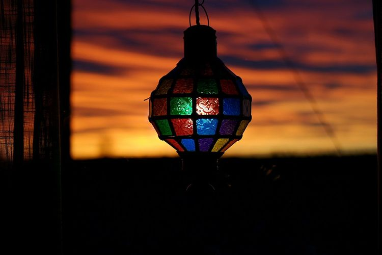 Illuminated Lighting Equipment No People Sunset Sky EyeEm Vision EyeEmNewHere Silhouette Window Light Relaxing Moments Pretty Lights