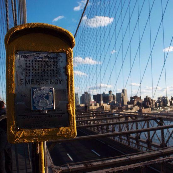 Broklyn Bridge Newyork USA Emergency Trip Yellow City Sky