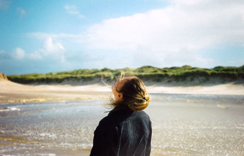 Love VSCO Beach Beauty In Nature Cloud - Sky Day Focus On Foreground Horizon Over Water Leica Leisure Activity Lifestyles Nature One Person Outdoors People Real People Rear View Sand Scenics Sea Sky Standing Water Wave Women Lost In The Landscape Go Higher Inner Power