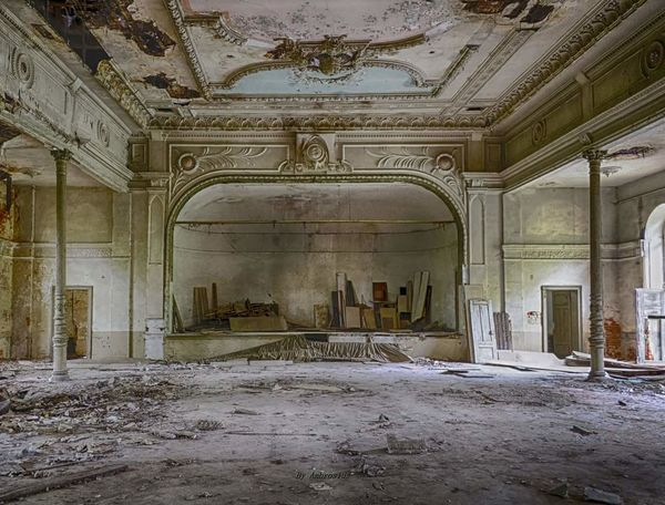 Rotting Abandoned Indoors  History Antique Architecture Built Structure Decayed Beauty Decaying Building Lostplacephotography Lostplacesgermany
