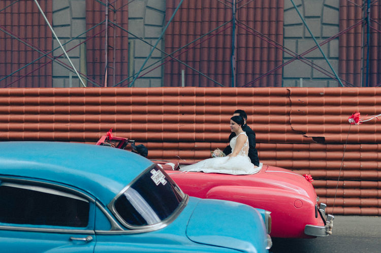 Havana Weeding Wedding Photography Architecture Car Day One Person Outdoors People Streetphotography Transportation Young Adult #FREIHEITBERLIN