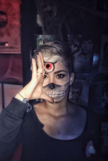 Cyclop skull Halloweennight People Costume Makeup Indoors  Pub Night Party Halloween Creepy Faces Girl Pretty Creepy