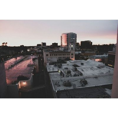 Day: 33/365 Alt view of the studio. #dtsa #downtown #epphotography #epp365 #sunset #santaana