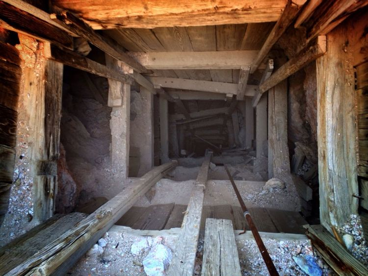 Mine, all mine. Mine Shaft Vertical Vertigo California Vanishing Point Gravity Leading Lines Dangerous
