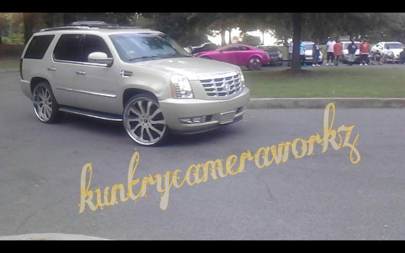 Cadillac Escalade SUV InMotion Custom