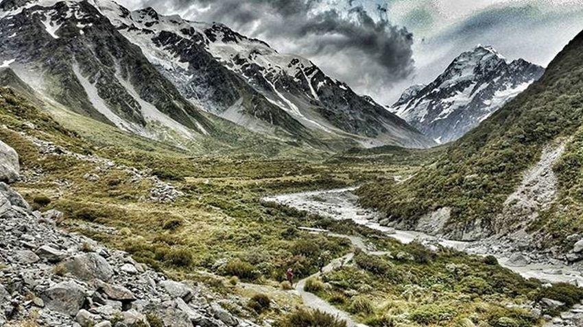 A long track Hookervalley Mountcook MtCook Nzmustdo Newzealand