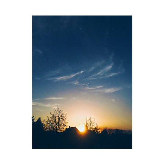 Nature Sky No People Beauty In Nature Tranquil Scene Sunset Low Angle View Color Portrait Colors Of Earth Perfect Moment Sundown