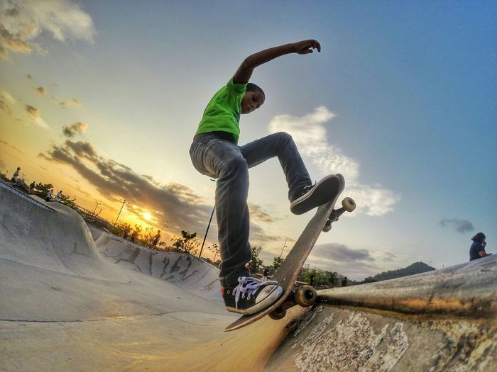 Little Skater being free I love it. Gopro Shoot GoPro Hero3+ Skate Skateboarding Child HERO