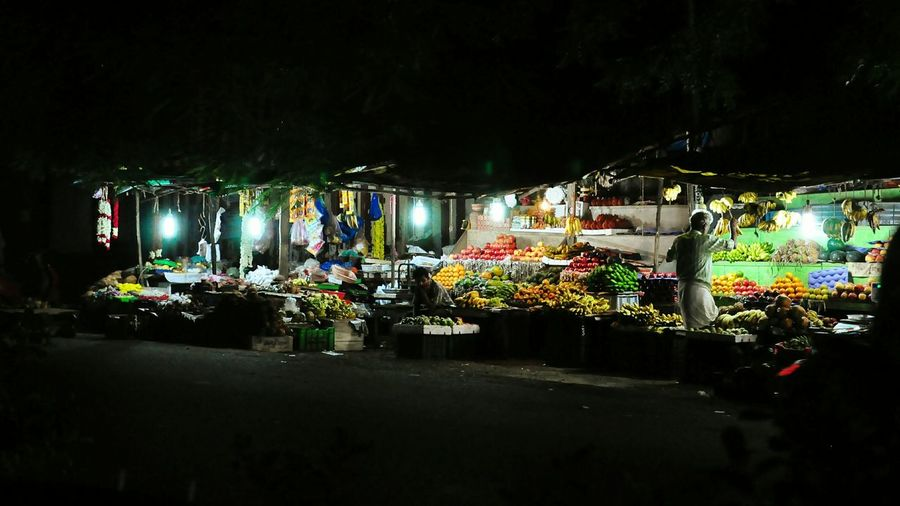 Last few moments of business for the day. India Chennai Streetphotography Nightphotography Night Lights Fruit Stall Stall Fruits Market Check This Out