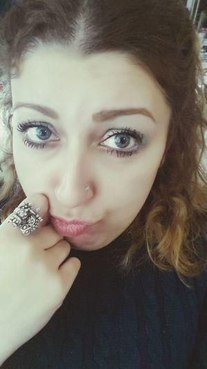 Canı sıkılan insan tipi 😯😐😕😜 Ankara Batikent Gozler Yüzük Baykuş Likeforlike Hi Okbye :) Ring Turkey