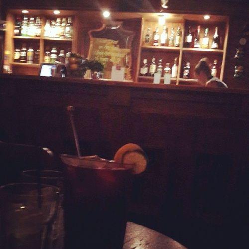 Irish bar iyidir Sangriaandbeer