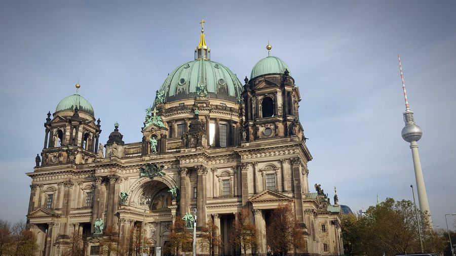 Architecture Travel Destinations Dome Built Structure Large Group Of People Building Exterior Religion Day Outdoors Government Politics And Government Sky Place Of Worship People Adult Berlin Germany Fernsehturm Church Christ Deutschland Capital City #FREIHEITBERLIN