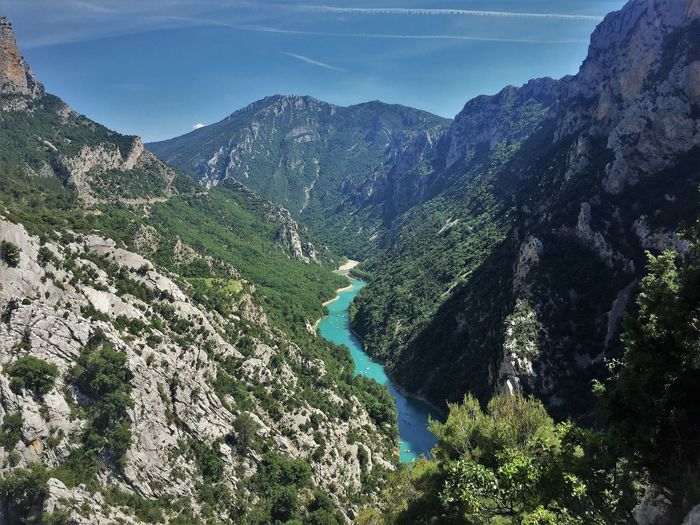 Provence Frankreich Canon De Verdon Lac De Sainte Croix Lost In The Landscape Beauty In Nature Day High Angle View Mountain Mountain Range Nature No People Outdoors River Scenics Sky Tranquil Scene Tranquility Water