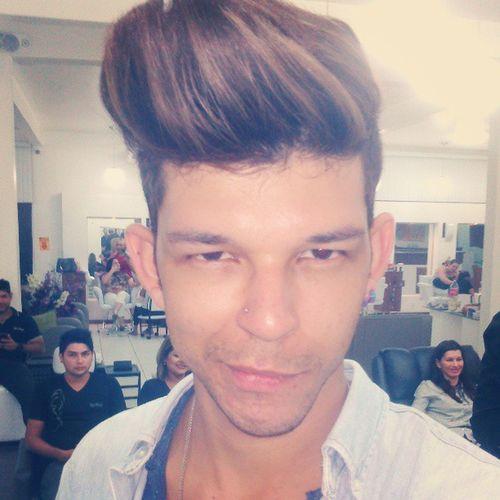 Fashion day by @charlesb2011 da Keune Fashiomismo Modelhair Hairdesing Haircoiffeur hairstyle instagood coiffeur topete color modelman guy