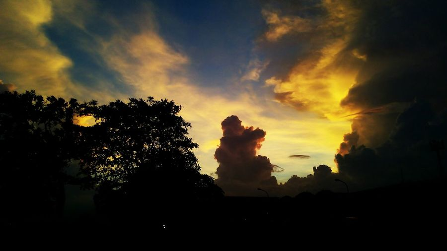 Mobilephotography Sunset Eyem Philippines 1st Attempt :) First Eyeem Photo Beautiful Nature Phonetography Beautiful Life Innjoo Note