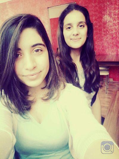 My Friend ❤ Pizzaaa 😍😌😊