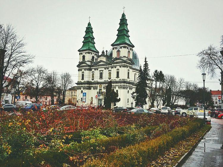 EyeEm Ukraine First Eyeem Photo Autumn EyeEm Best Shots EyeEm Nature Lover Ternopil Nature Samsung Galaxy A3 City ArchiTexture Church