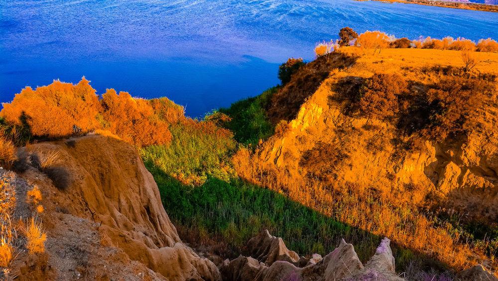 Blue sea or blue sky? Natural Beauty