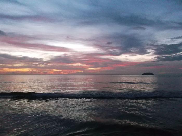Beach Beauty Of The Sea Kota Kinabalu Outdoors Sea Siblings Sunset Tanjung Aru Beach First Eyeem Photo
