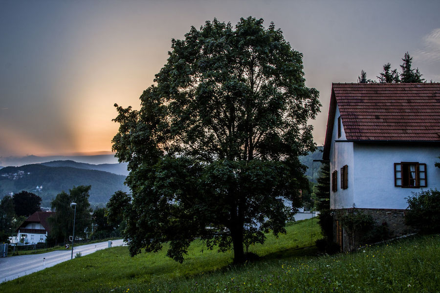 Austria Austria ❤ Mountians Sunset Silhouettes Sunset_collection Tree Austria Sunset Austrianphotographers House Sunset Sunset Mountain