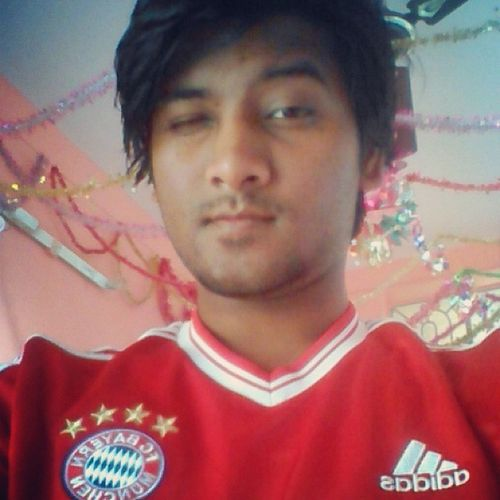 Luv both FCB's ⚽this is one of it FCBayernMunich DFB ❤ instaclick New jersey 4Stars German_club Germany_Fan Selfie ✌ Self Portrait