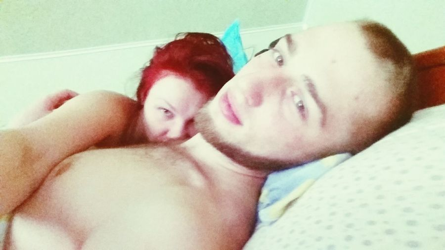 Relaxing That's Me Check This Out Love ♥ Cheese! Red Hair Redhead Couple Pair Outgoing