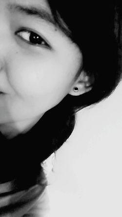 Got my new earings.😍 Lady Girl Simple Simple Girl Taking Photos That's Me Hi! Enjoying Life