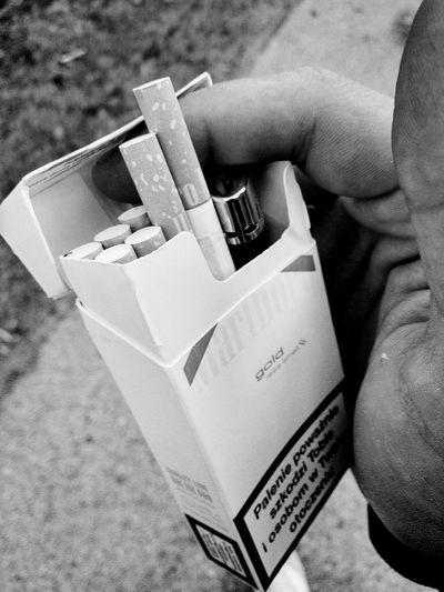 Smokekillpeople I Like Smoke Malboro Gold The Best Cigarettes 👌💕