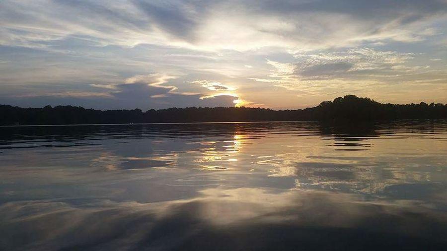 Relaxing Elk River, Grand Lake Of The Cherokee's