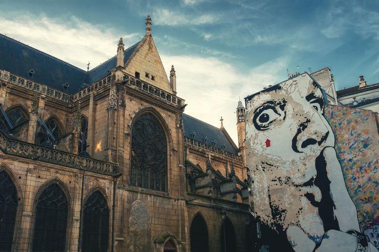 Paris Paris France Architecture Arch Built Structure History The Past Travel Travel Destinations Tourism Day Autumn Outdoors Outdoor Photography Dalí Salvador Dali