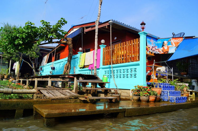 Abandoned Architecture Bangkok Blue Boat Building Exterior Built Structure Clear Sky Day Floating Market House Mode Of Transport Moored Nautical Vessel Obsolete Outdoors Run-down Spotted In Thailand Sunlight Thai Thailand Transportation Tree Water Wood - Material