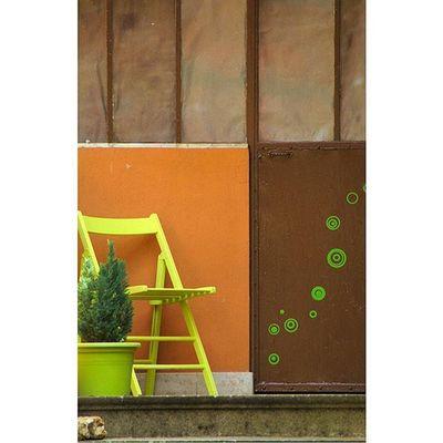 Saintperesousvezelay Architecturerurale Porte Orange yonnetourisme yonne igersbourgogne burgundy grainedenature