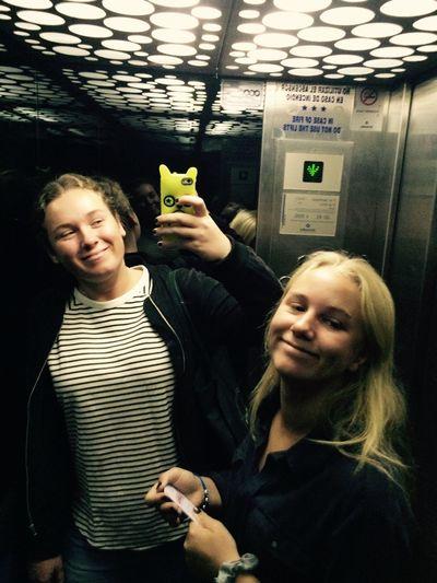 Last ride i obekväma hissen