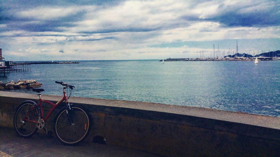 Rapallo Passeggiata Mare ❤ Happiness Italy Italia Ita Passeggiando Italy❤️ Nature Sea Life Mare Sea Liguria Liguria,Italy Bicicleta Bicicletta Bicicleteando Bici Bicycle Bicycle Trip The Street Photographer - 2016 EyeEm Awards Italytrip Italy Holidays Italy🇮🇹
