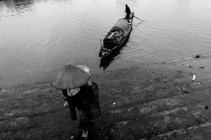 Transportation Vietnam Black & White Vietnamese Blackandwhite People And Places Blackandwhite Photography Everythingeverywhere Quangtri Dailyphoto Vietnamphotography Vietnam, Boat River