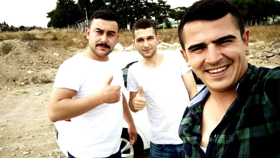 Togetherness Bonding Friendship Looking At Camera Portrait Leisure Activity Happiness Standing Smiling Young Men Tree Friend Day Front View Casual Clothing Sony Xperia Bursa / Turkey Hello World Followme Follow4follow First Eyeem Photo Hi!
