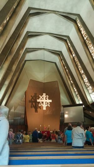 Symbolism Praying Sunday Mass Check This Out Praising The Lord