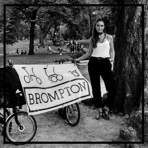 Sunday in the park with Brompton. ❥ ❥ ❥ Bucnyc Bromptonurbanchallenge BikeNYC Brompton bromptonbicycle brommie checkpoint spokeswoman bromptonambassador bromptonbabe foldingbike foldingbicycle nycewheels trackstand challenge nyc sundayfunday