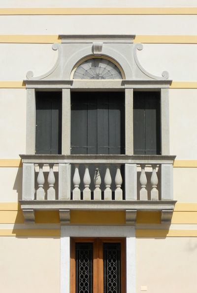 Italy Balcony Terrace Deck Renaissance Three-light Window Three-mullioned Window Architectural Detail ArchiTexture Yellow White Gray