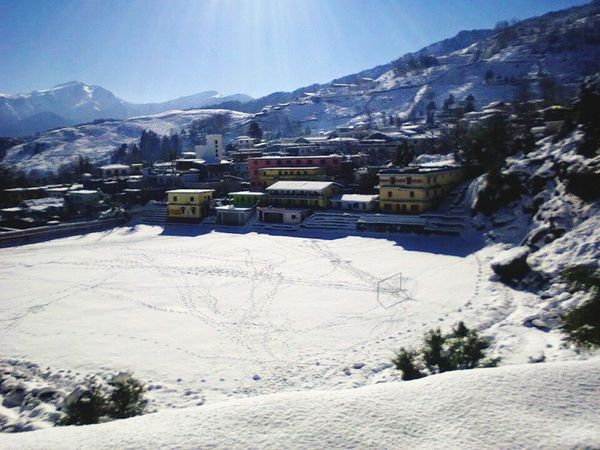 I love Soccer. ;) Soccer Ground Munsyari Snow In A Soccer Ground Awesome