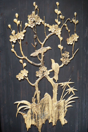 Gold flora and
