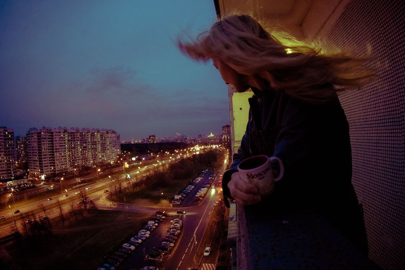 break.. City Faceless Let Your Hair Down Lights And Shadows Portrait Windy