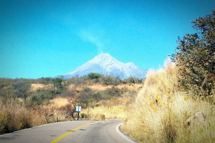 Por la carretera Colima Mexico