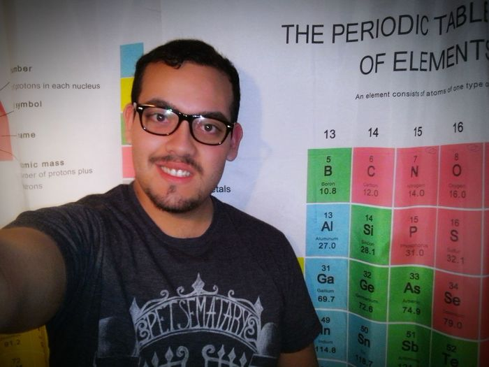 Soyintelectual Muyinteligente Ayquebonitosoy Periodic Table Of The Elements Glasses :) Smile ✌ Morning Taking Photos Bigbangtheory