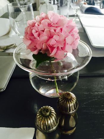 Beauty In Nature Day Ellegant Flower Flower Head Fragility Freshness Hydrangea Petal Pink Color Table