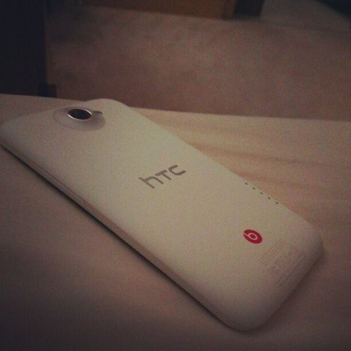 Good morning, all charged and time to Personalise this Badass Tgif StillInBed HTConeX+ xdadevelopers yesItakemyinfotechSeriously
