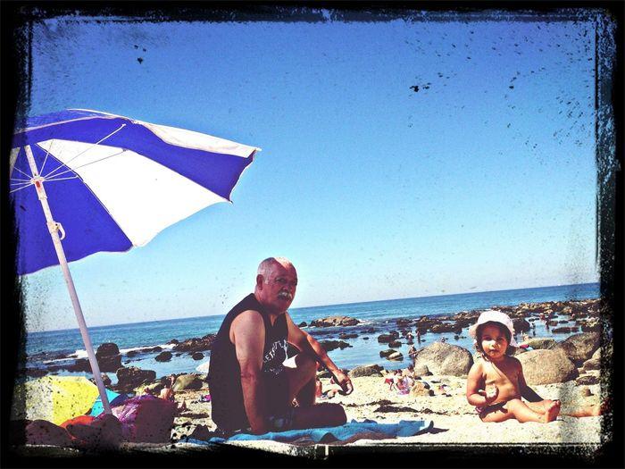 Com o meu avo lindo... 25 Days Of Summer Grandparents Beachphotography