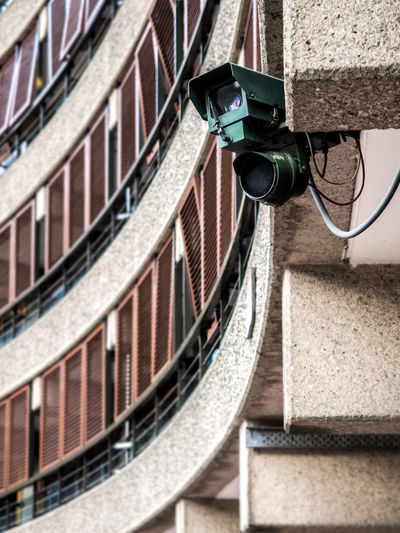 Peek-a-boo ICU Markshikada Photography Olympusuk Mirrorless Travel London Street Security Camera Surveillance Stories From The City EyeEmNewHere