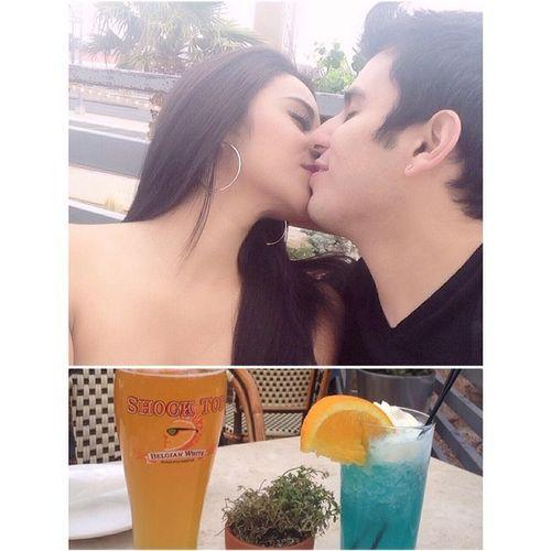 Romantic date with my love ? Básico Cafe Bluemoon Dinner