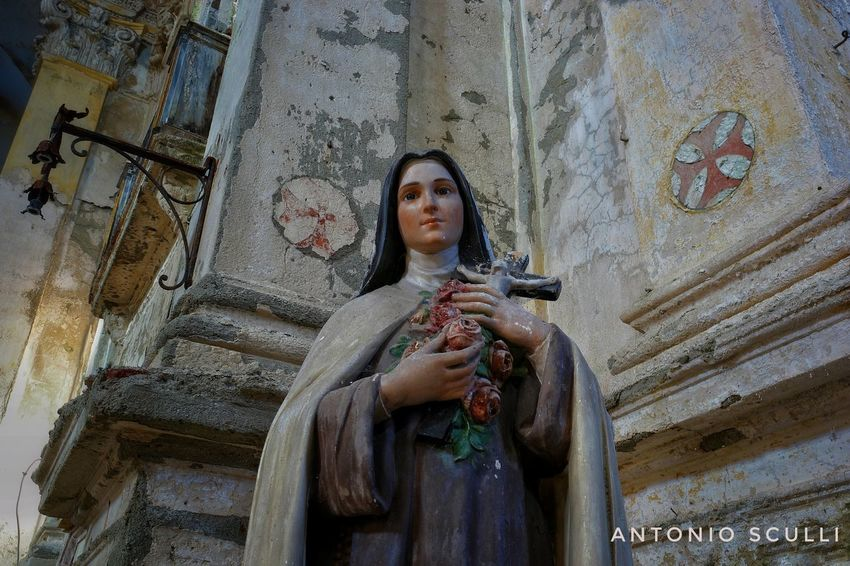 Bisogna aver rispetto di questi luoghi ... arrivano purtroppo immagini di vandalizzazioni ... come questa Madonna finita in mille pezzi .. Samsung SamsungNX500 Abandonedplaces Abandon_seekers_#infinity_unguarded#urbex Abandon_seekers Chiesa Kings_abandoned Ig_urbex Abandoned_earth Abandonedhouse Abandoned Tesoriabbandonati Ig_abandoned Abandoned_excellence Urbexworld Decai_illife Luoghiabbandonati Abandonedexcellence#ascosi_lasciti#underworld_exploration Italia Total_abandoned Italy Sacro Piemonte Spirituality Religion One Person Only Women Adults Only One Woman Only Adult